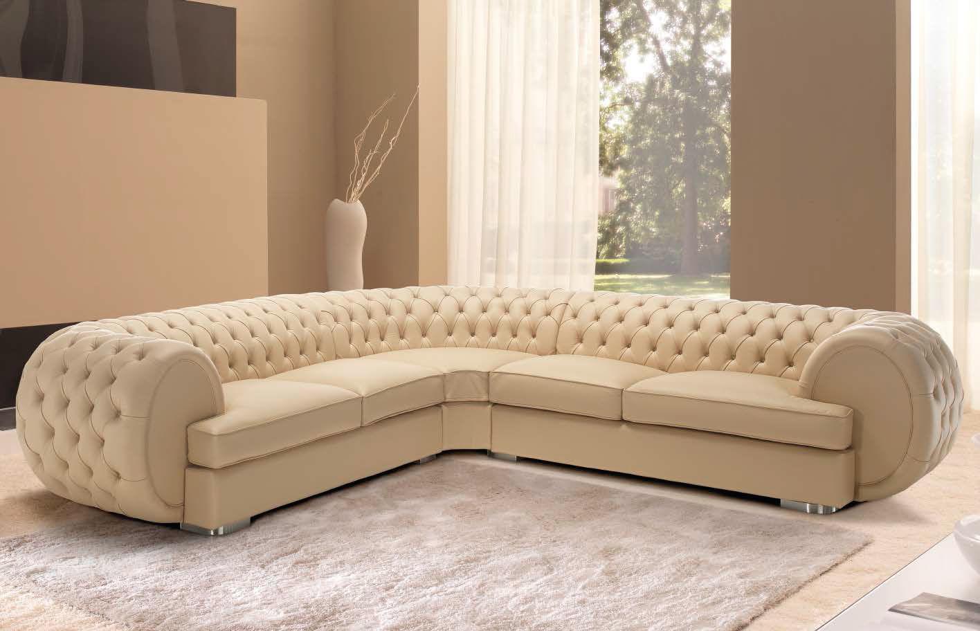 Угловой модульный диван в бежевом цвете