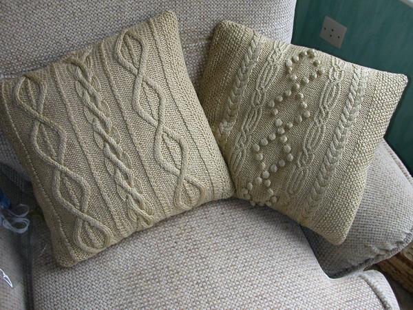 Украшаем интерьдиванные подушки своими руками