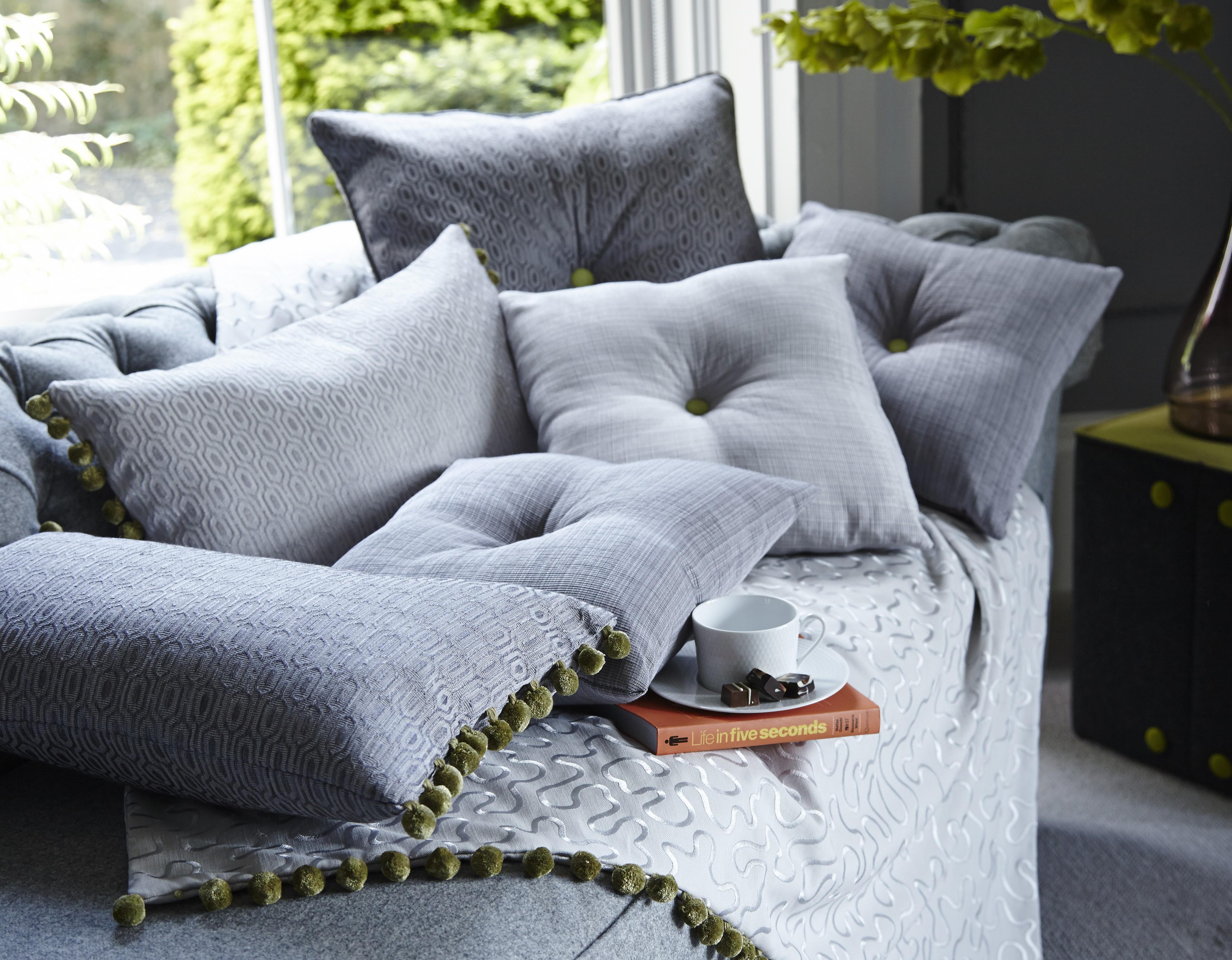 Выбираем декоративные подушки
