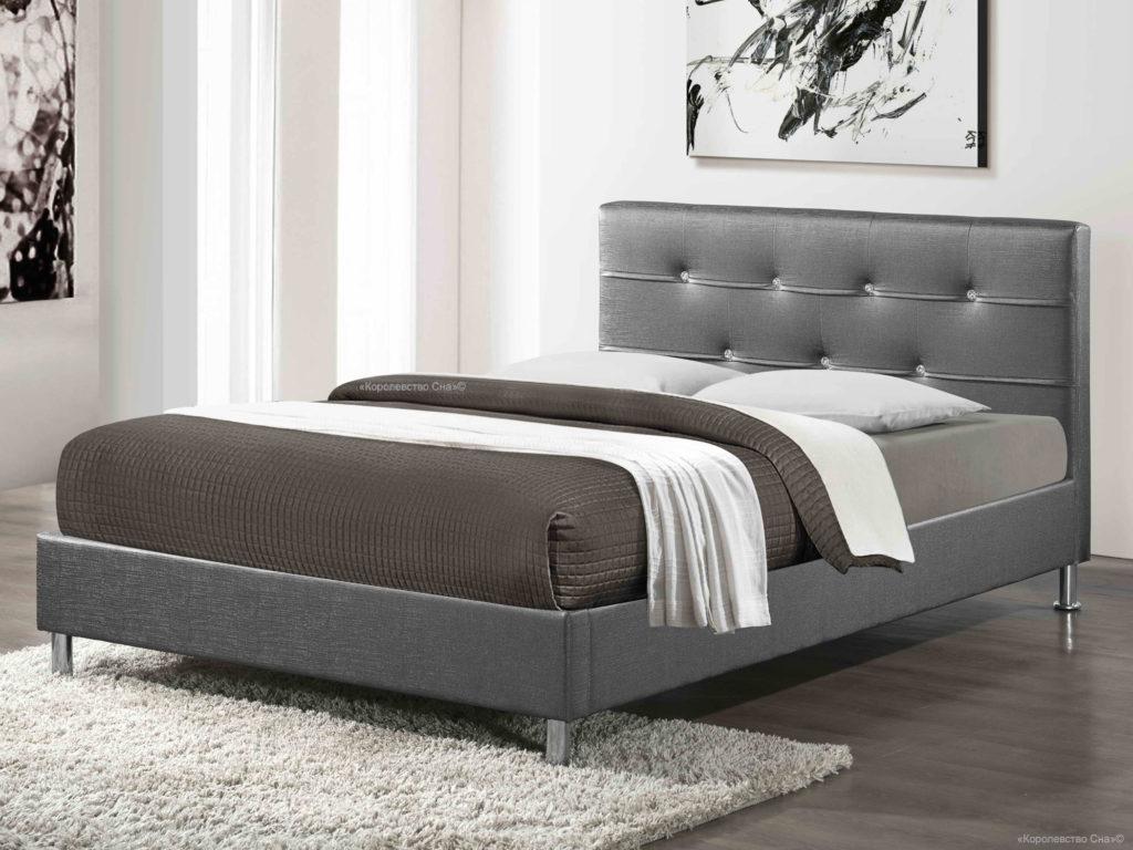 Античный серый оттенок кровати