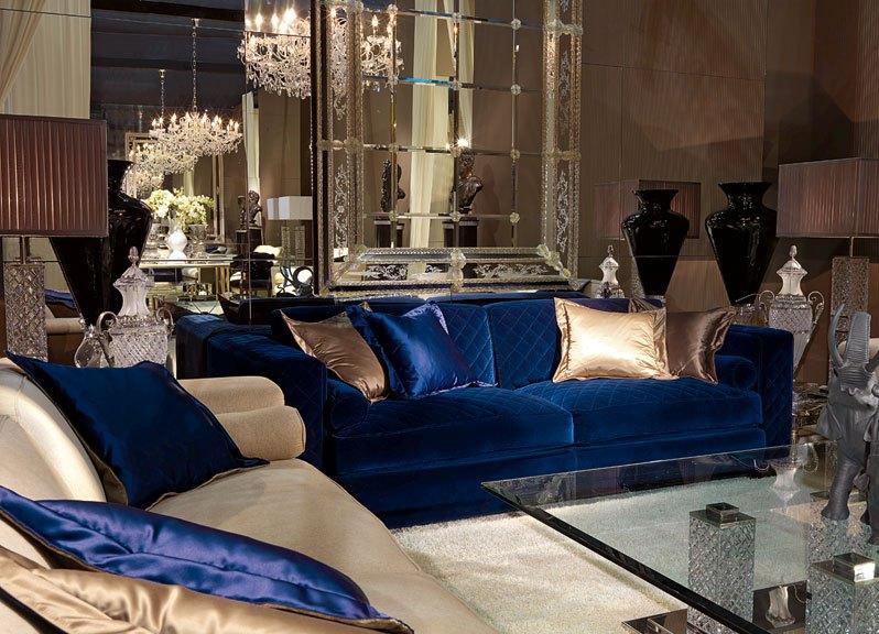 Бархатный синий диван для шикарного стиля интерьера
