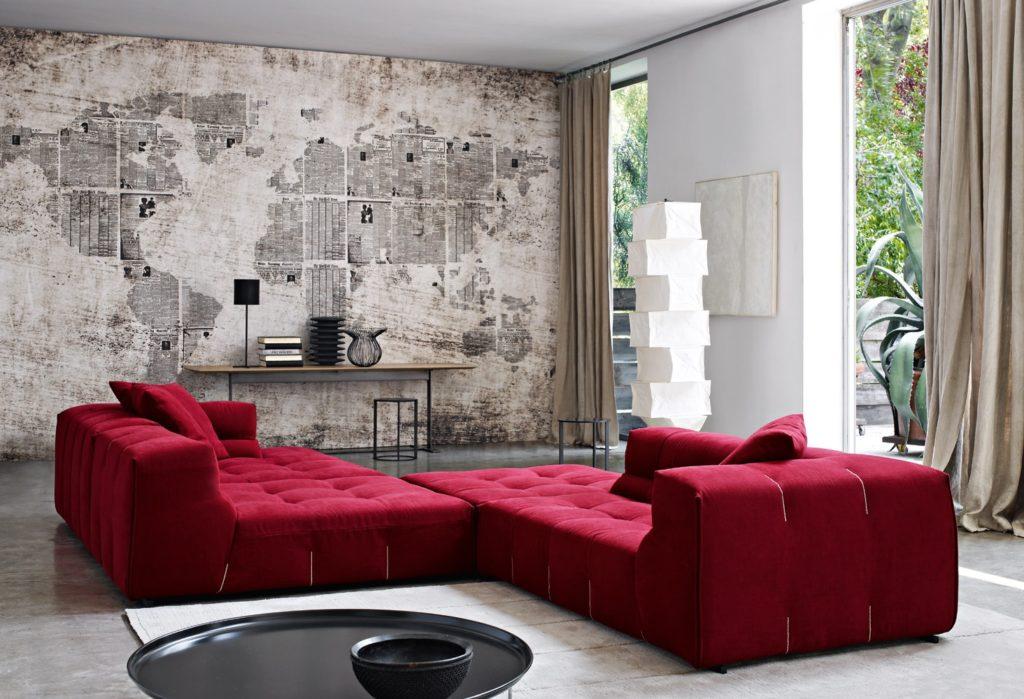 Большие красные диваны для дома