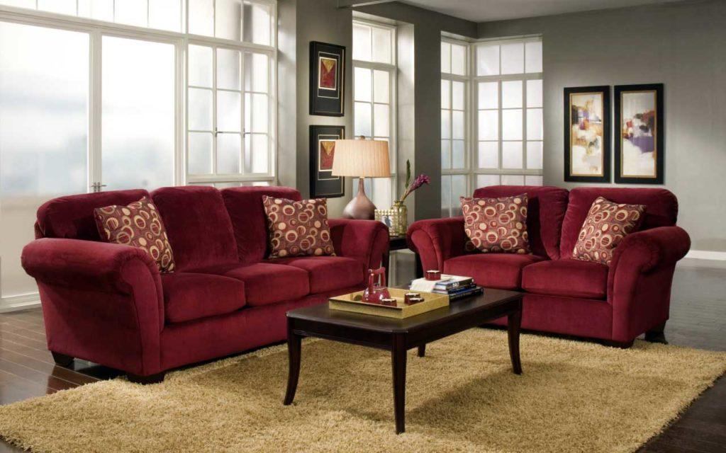 Диван в гостиную бордового цвета