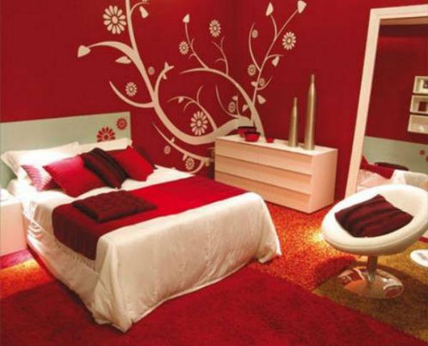 Дизайн красной кровати