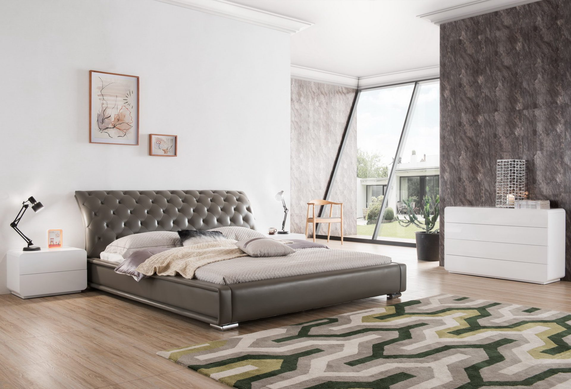 Двуспальная кровать серая