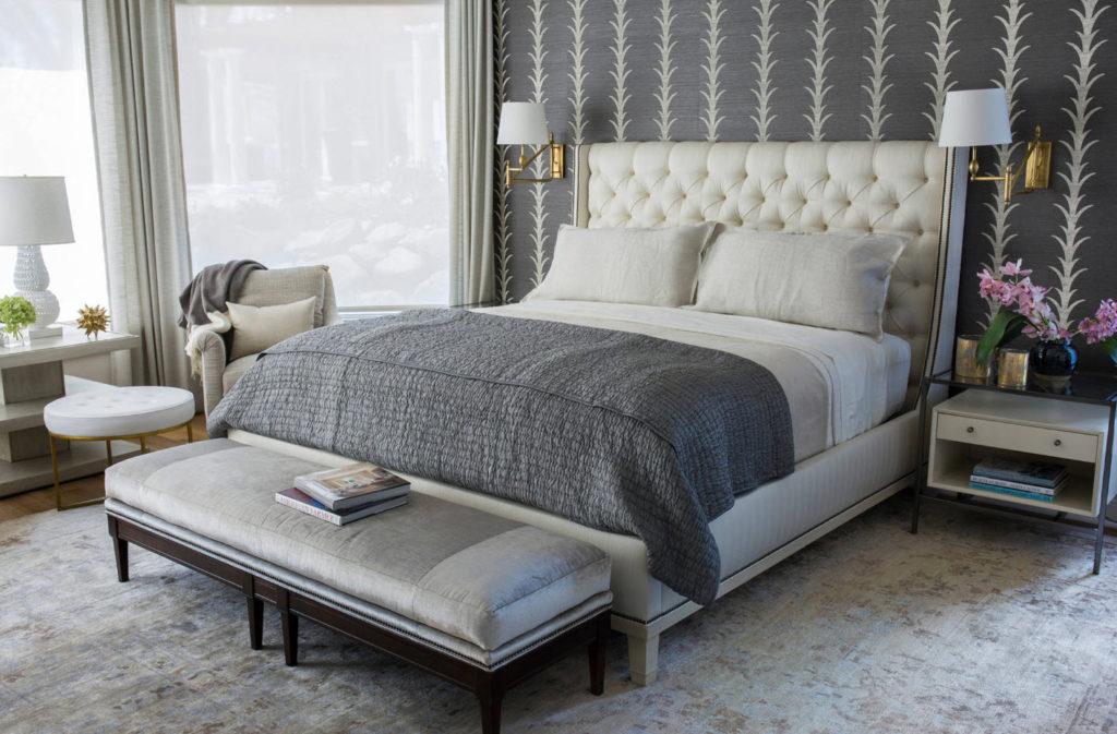 Как подобрать кровать серого цвета
