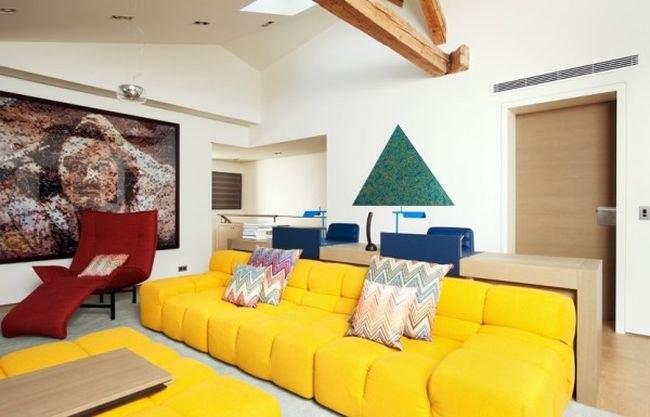 Как подобрать удобный диван желтого цвета