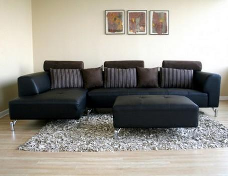 Как выглядит черный диван в интерьере