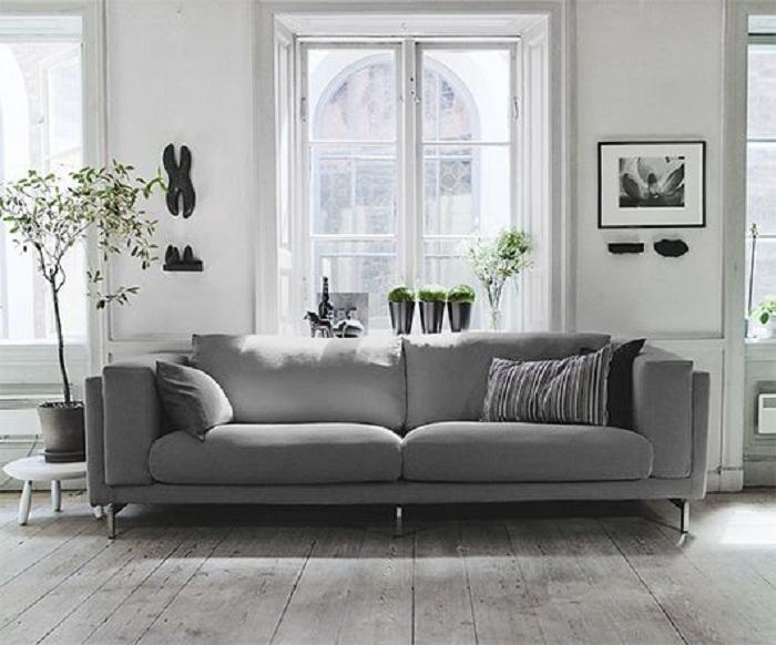 Классика оформления дивана