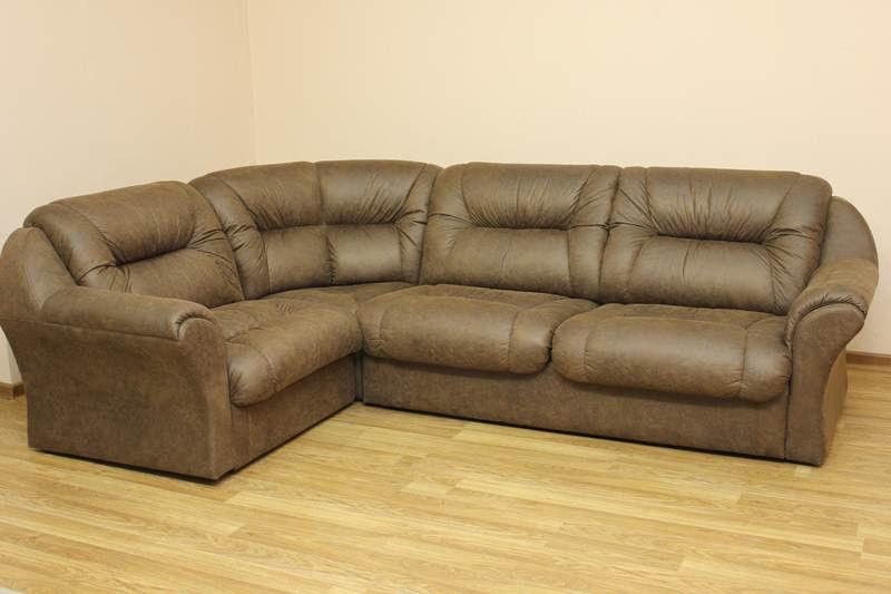 Кожаный коричневый диван для дома