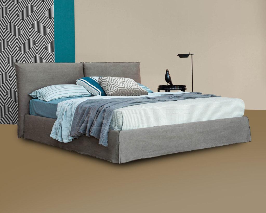Кровать в приятном сером оттенке