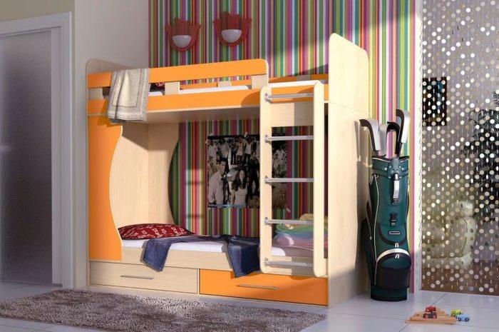 Оранжевая двухъярусная кровать