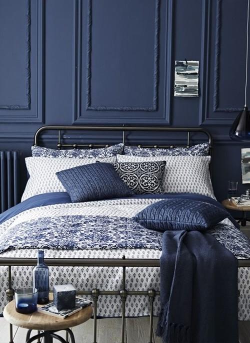 Оттенки синего цвета для кровати