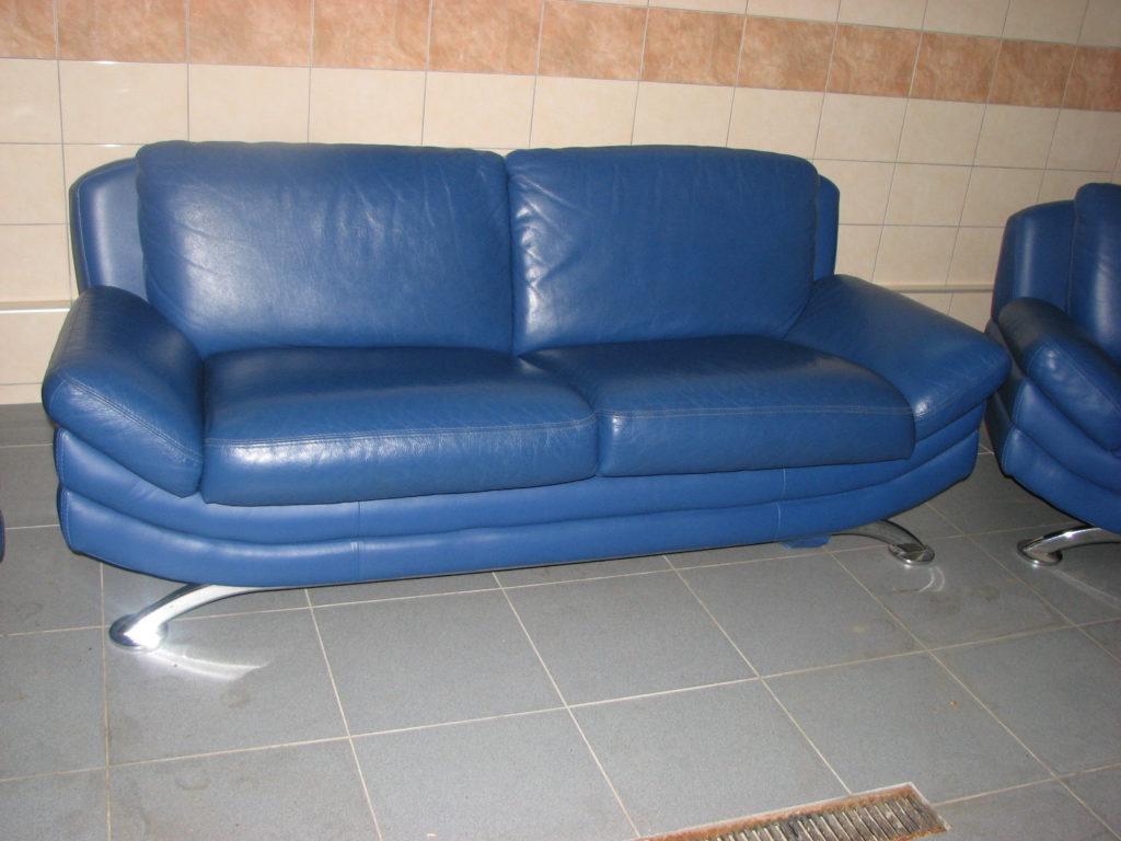 Правильно выбираем диван синего цвета