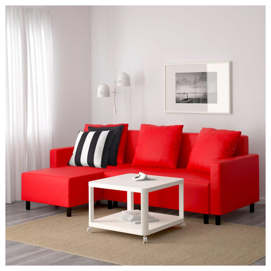 Правильно выбираем красный диван