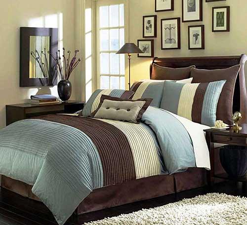 Пример использования кровать коричневого цвета