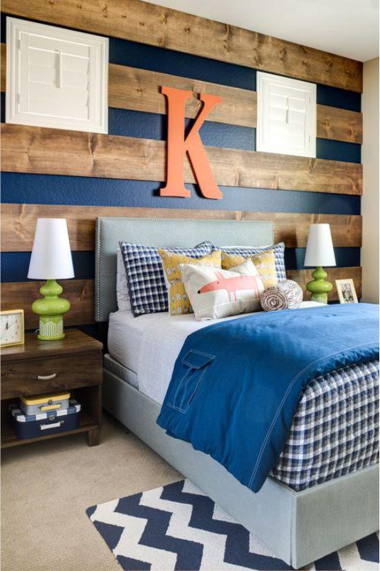 Пример использования кровати синего цвета