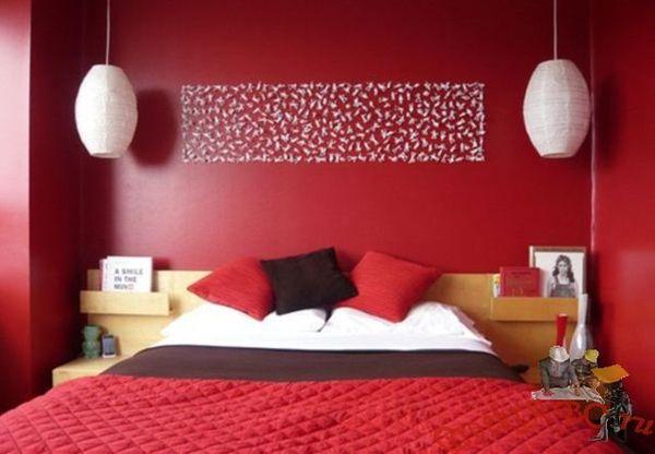 Пример красной кровати