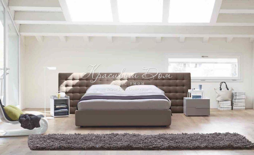 Приятный оттенок серой кровати
