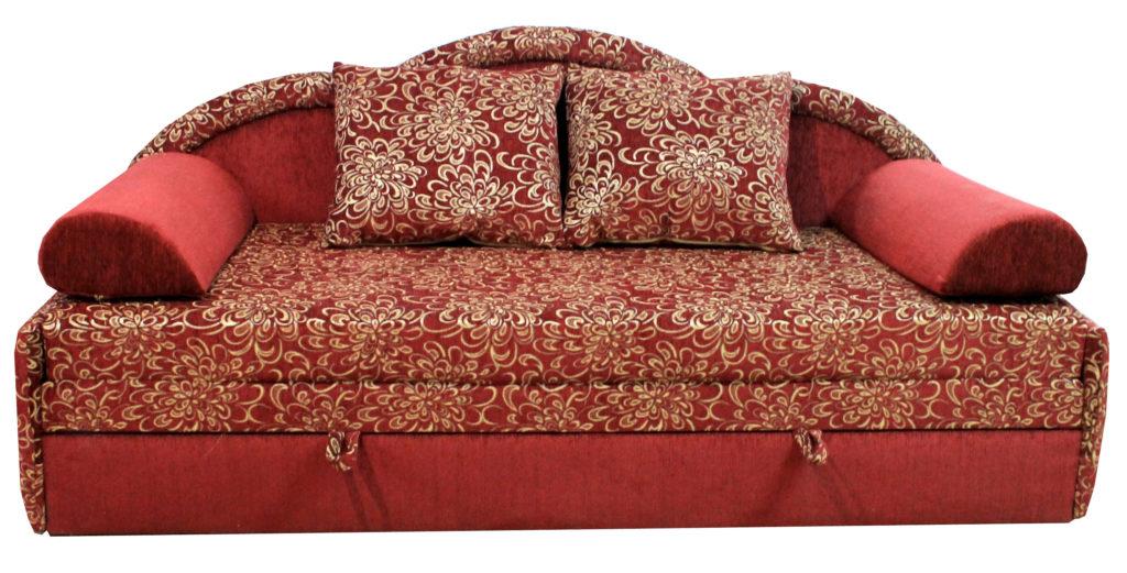 Прямой диван бордового цвета