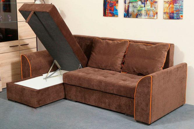 Раскладной современный диван коричневого цвета