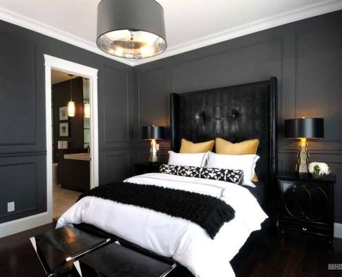 Шикарная и богатая кровать черного цвета