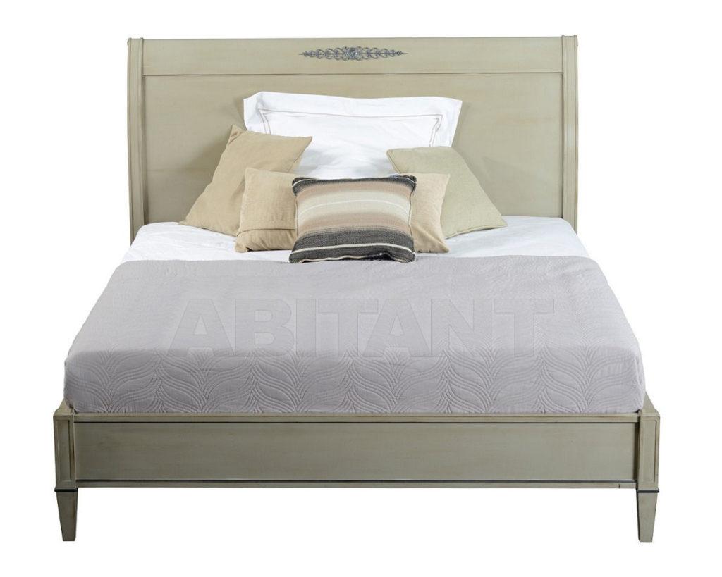 Серо-светлая кровать для дома