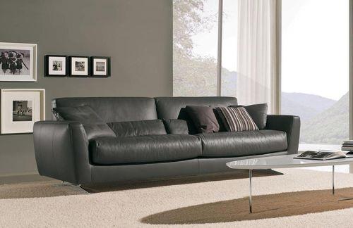 Серый оттенок дивана для дома