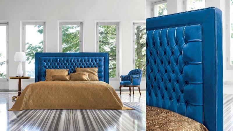 Синяя кровать со стеганным изголовьем