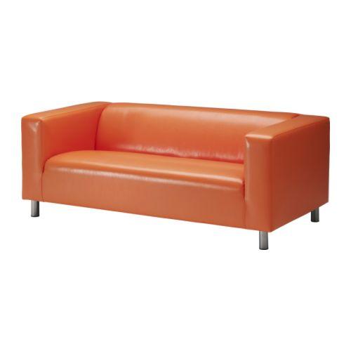 Стильный дизайн дивана оранжевого цвета