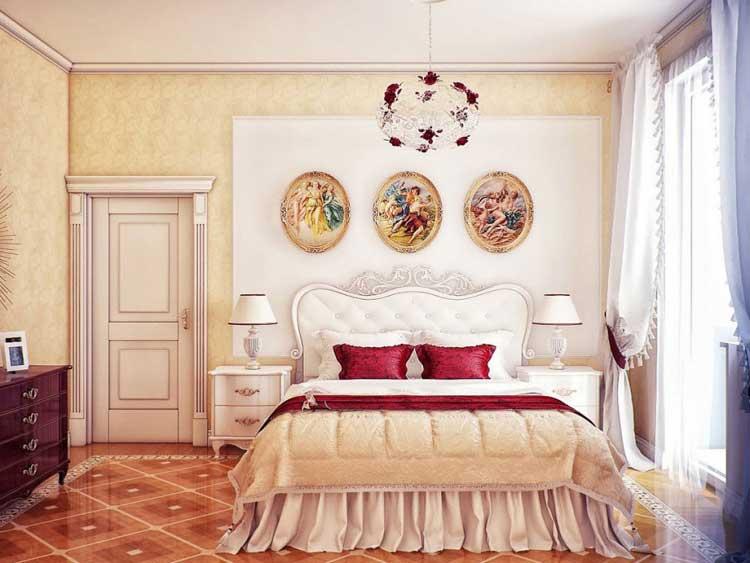 Светло-желтая кровать для обустройства дома