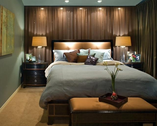 Светлый коричневый цвет современной кровати