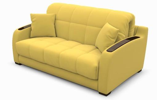 Светлый тон желтого современного дивана