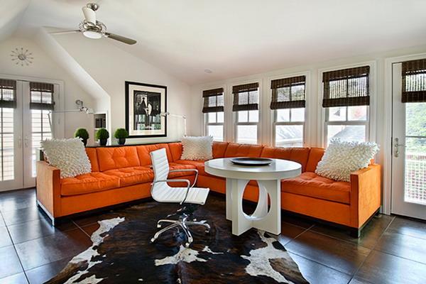 Угловой большой диван оранжевого цвета