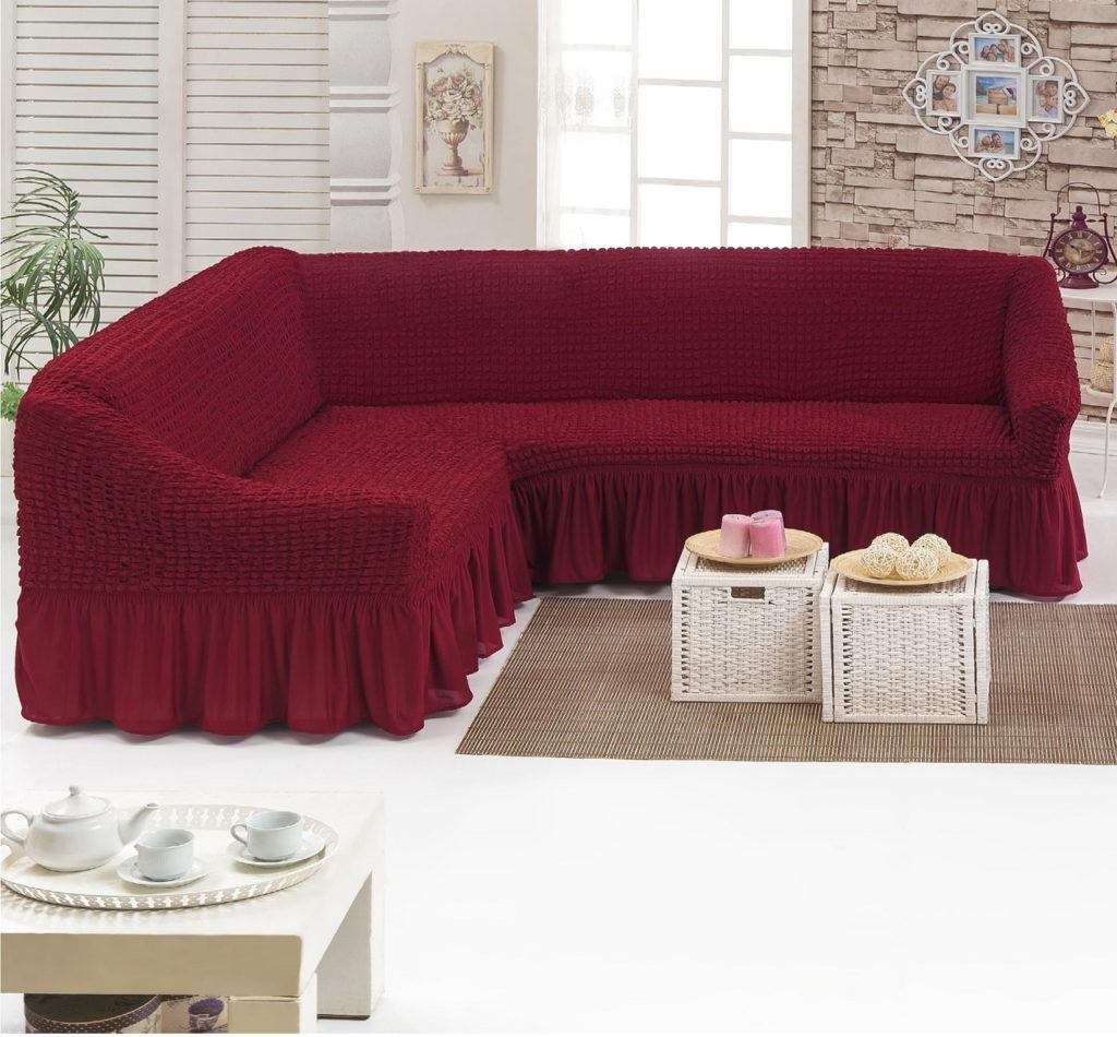 Угловой современный диван в бордовом цвете