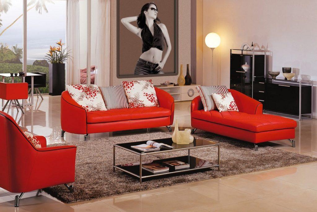 Вариант красного дивана