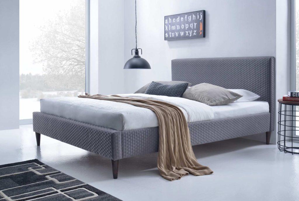 Внешний вид серой кровати