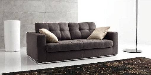 Выбираем коричневый диван для дома