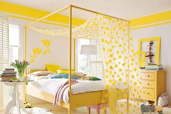 Желтая кровать с балдахином для спальни