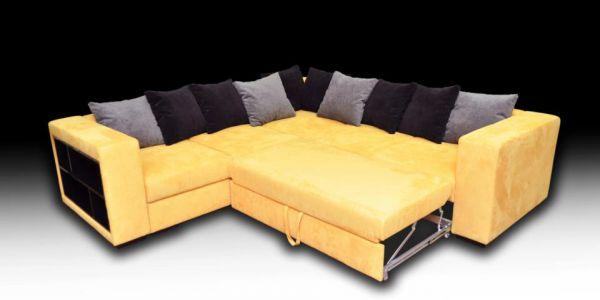 Желтый диван очень популярен
