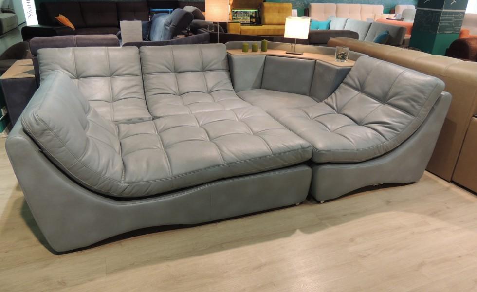 купить кожаный диван в москве б/у