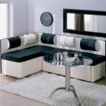 Какими бывают раскладные диваны для кухни имеющие спальное место, их характеристики
